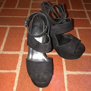 Aldo black leather suede platforms, size 7